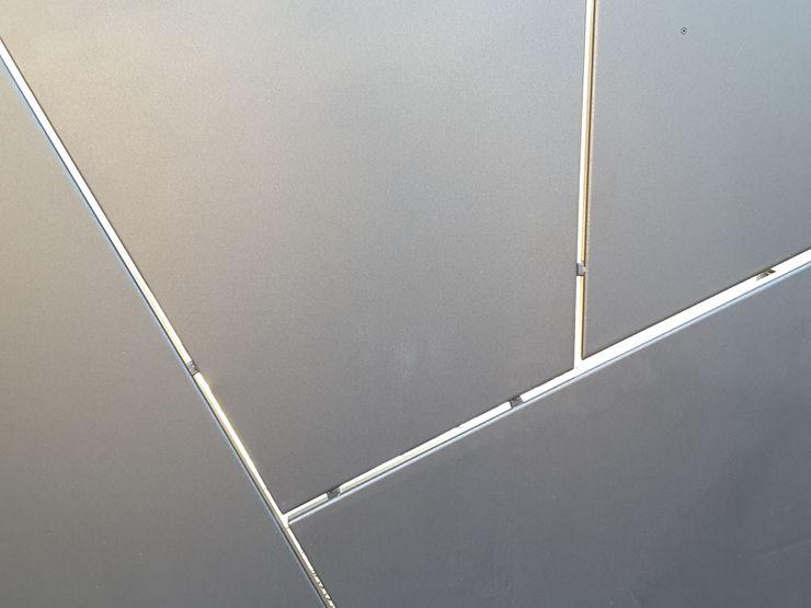 Casa Savada ArchitetturaTerapia® Case moderne Ferro / Acciaio Grigio