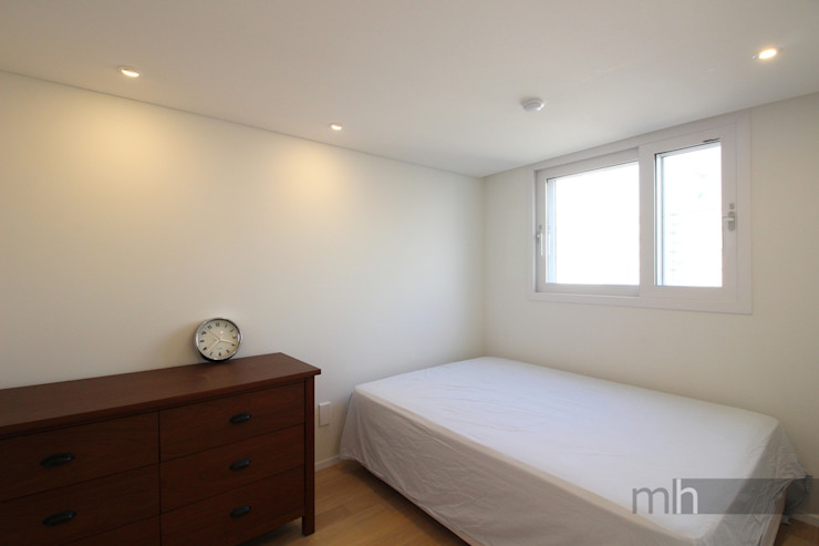 minimalhouse Media room