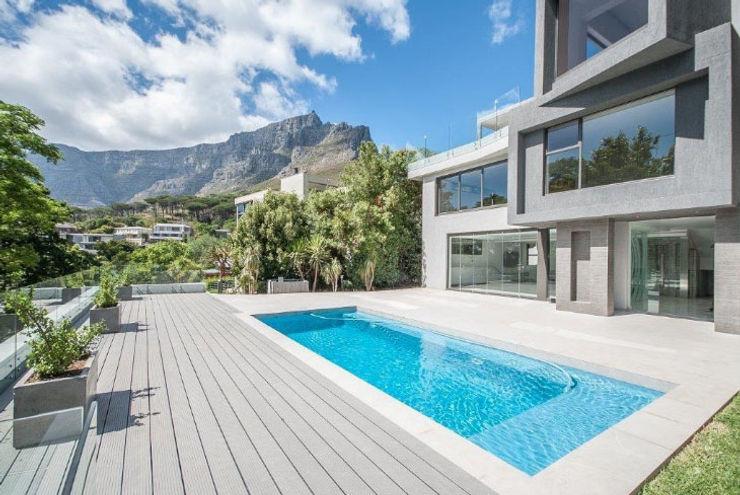 Pool deck and views beyond Architectural Hub Modern houses Bricks Grey