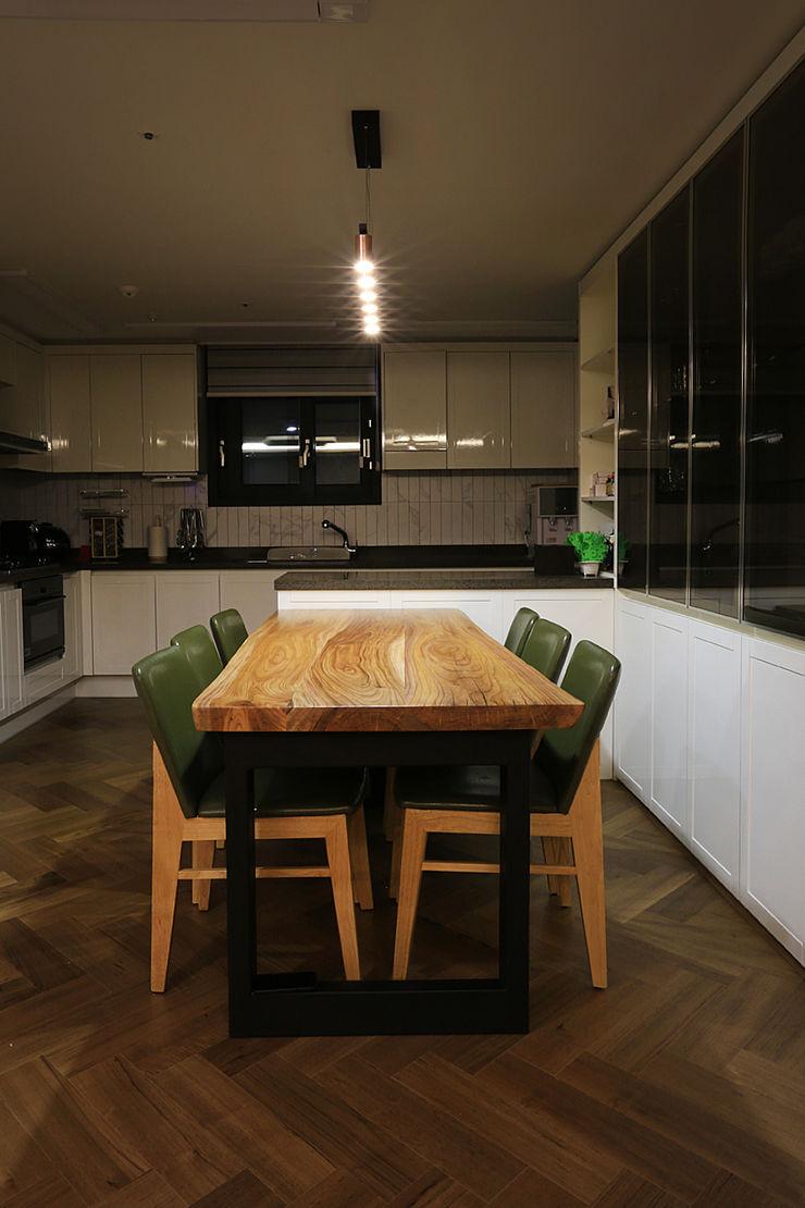 일곱기둥 인테리어 Modern dining room