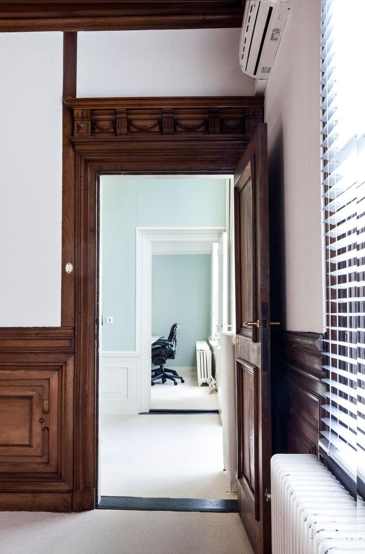Binnenvorm Office spaces & stores Wood Brown