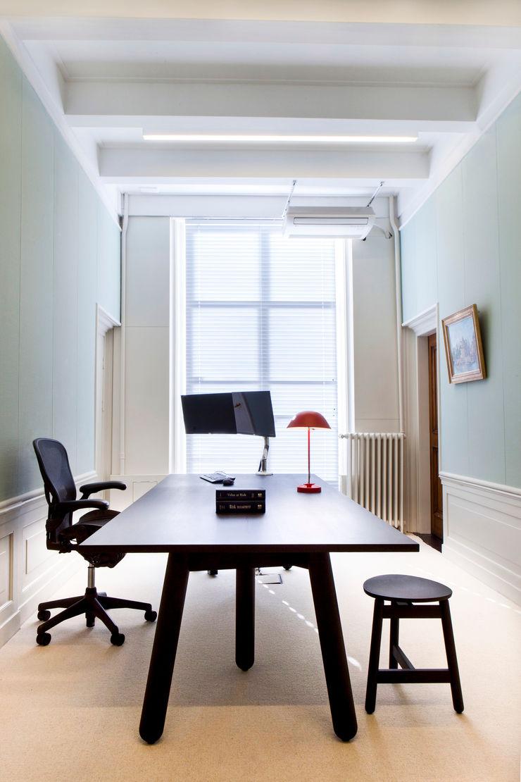 Binnenvorm Office spaces & stores Wood Black
