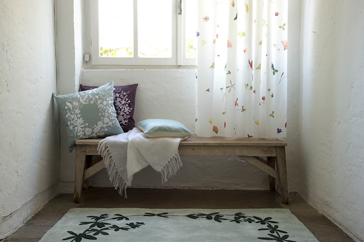 homify Country style dressing room
