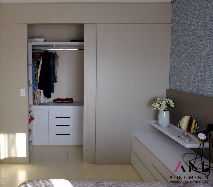 Aline Menin Arquitetura Modern dressing room