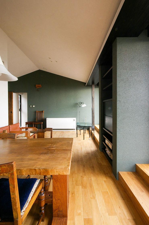 一級建築士事務所アールタイプ Salas de estar modernas Madeira Efeito de madeira