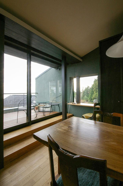一級建築士事務所アールタイプ Varandas, alpendres e terraços modernos Madeira Castanho