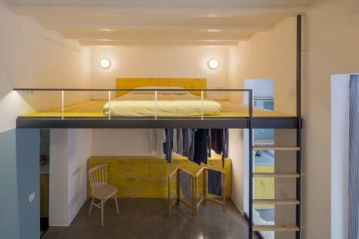 Reforma integral Molins de Rei Reformas Barcelona Rubio Dormitorios de estilo moderno Amarillo