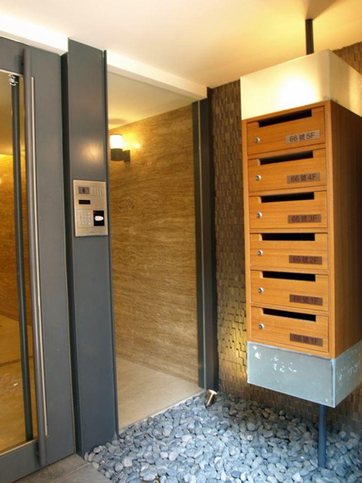 昱紘823 云鼎設計/陳柏壽建築師事務所 玄關、走廊與階梯櫥櫃與書櫃