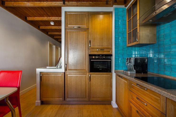 Дизайн-студия 'Вердиз' Eclectic style kitchen