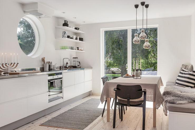 Ferienhaus in Schweden Bohemian Nordic Interior Skandinavische Küchen