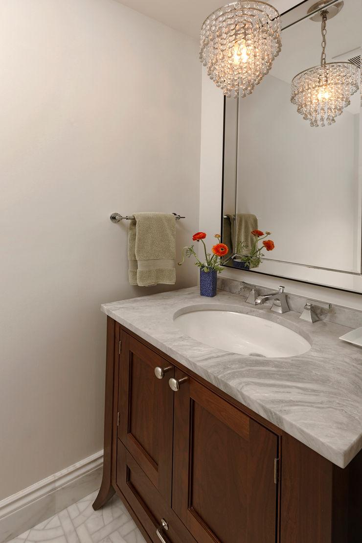 BOWA - Design Build Experts ミニマルスタイルの お風呂・バスルーム