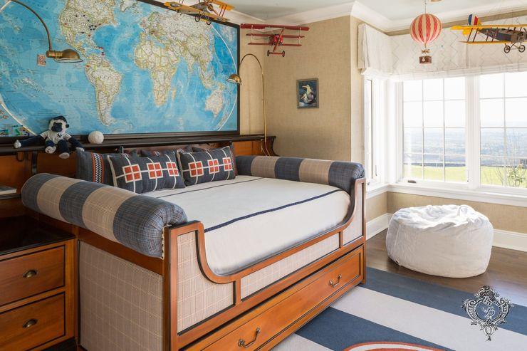 Kid's Room Kellie Burke Interiors Classic style nursery/kids room
