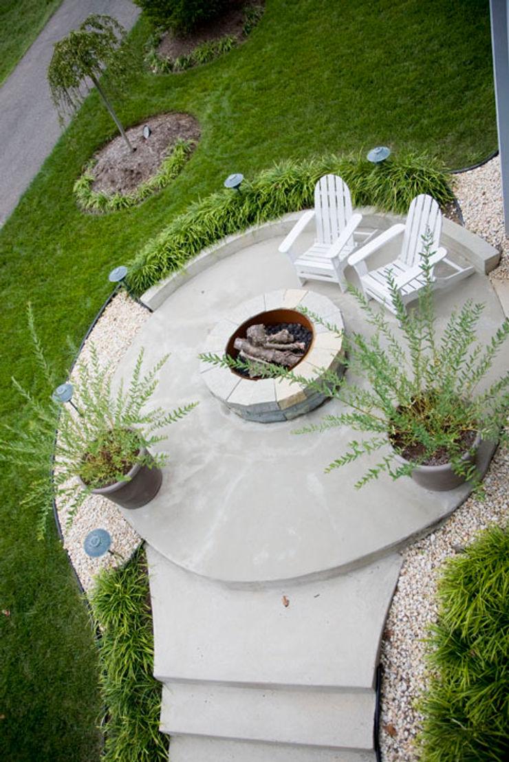 FORMA Design Inc. Varandas, alpendres e terraços modernos