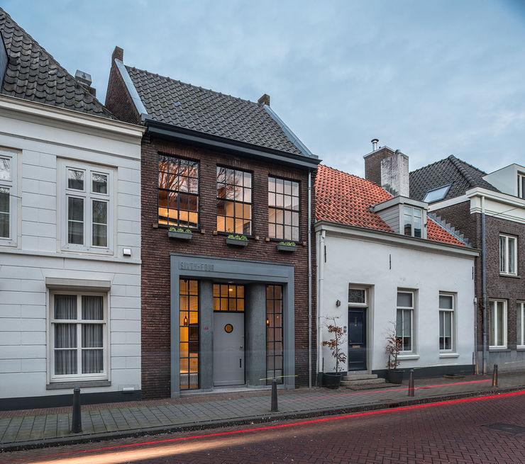 EVA architecten Modern houses