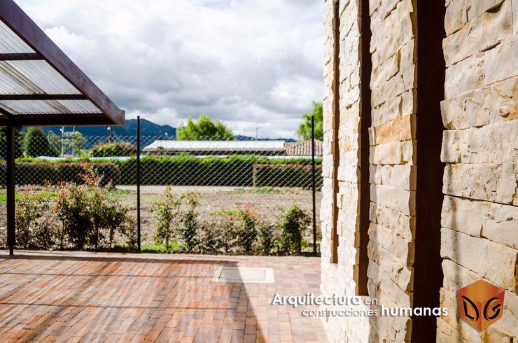 DG ARQUITECTURA COLOMBIA Moderne Wände & Böden Ziegel