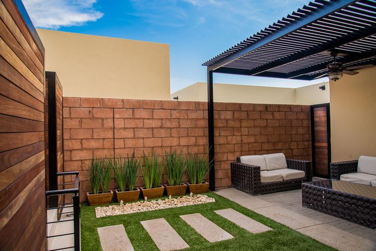 S2 Arquitectos Modern Garden