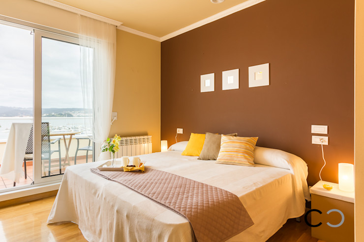 CCVO Design and Staging Chambre moderne Marron