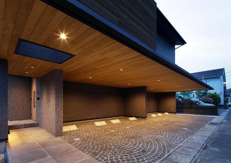 S邸 ガレージ Koshigoe Architects 腰越耕太建築設計事務所 一戸建て住宅 無垢材 木目調