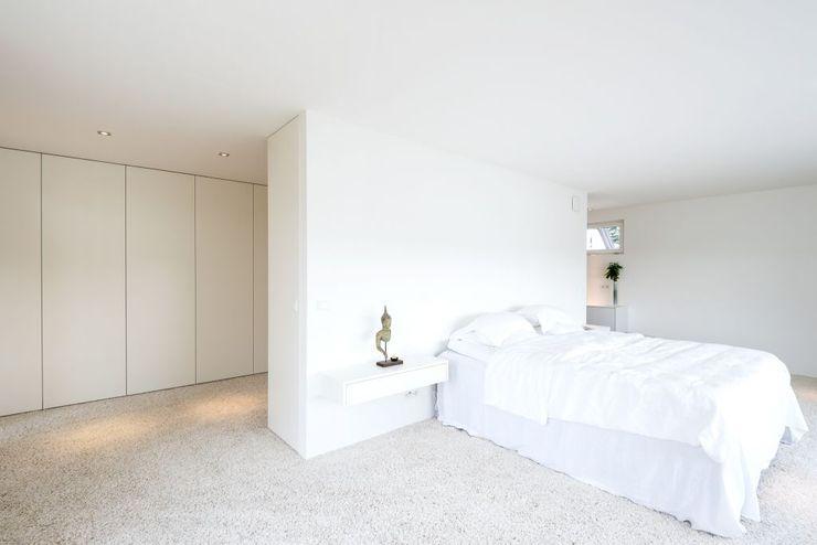 Exclusiver Bungalow mit hochwertiger Ausstattung in Lichtenfels wir leben haus - Bauunternehmen in Bayern Moderne Schlafzimmer
