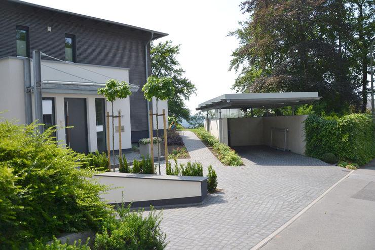 Privatgarten Lüstringen Freiraumkonzept Osnabrück Vorgarten Granit