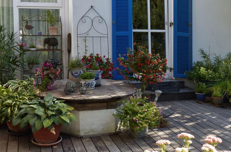 Terrasse KAISER + KAISER - Visionen für Freiräume GbR Garten im Landhausstil