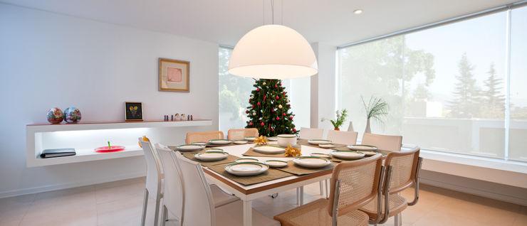 Comedor [ER+] Arquitectura y Construcción Comedores de estilo minimalista