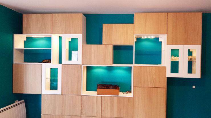 Rangements astucieux et multifonctions dans le salon Joseph Vithaya Salon scandinave Bois Bleu