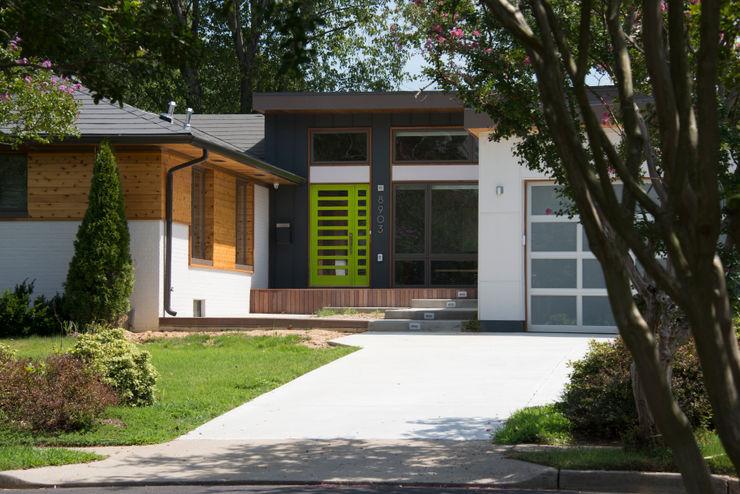 Courtyard House ARCHI-TEXTUAL, PLLC Single family home