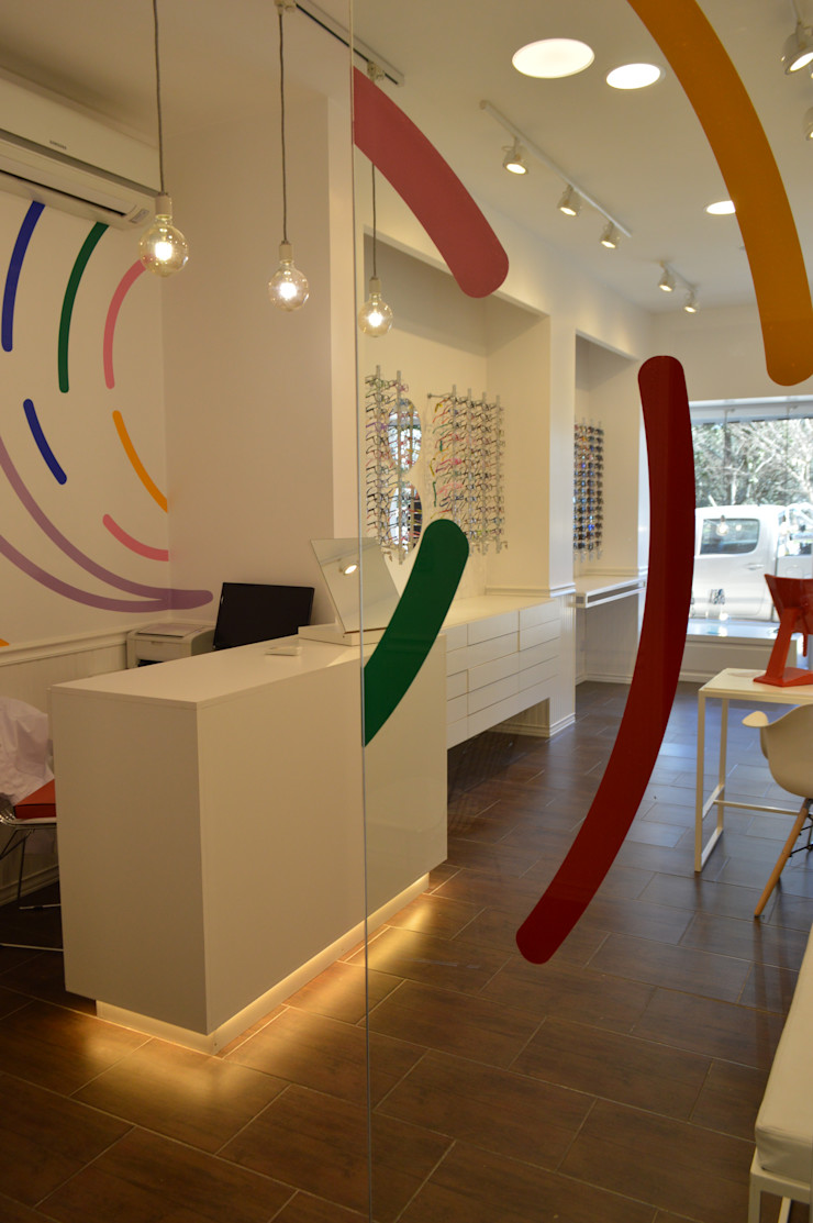 OH! estudio diseño & arquitectura Commercial Spaces Glass White