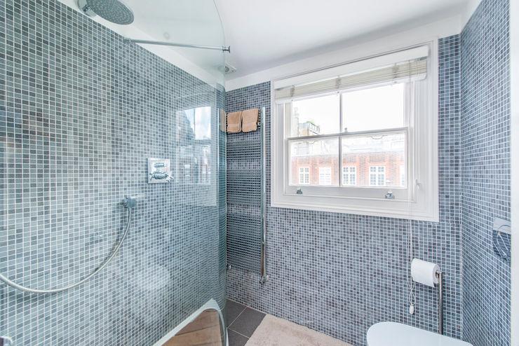 Bathroom Prestige Architects By Marco Braghiroli Modern bathroom