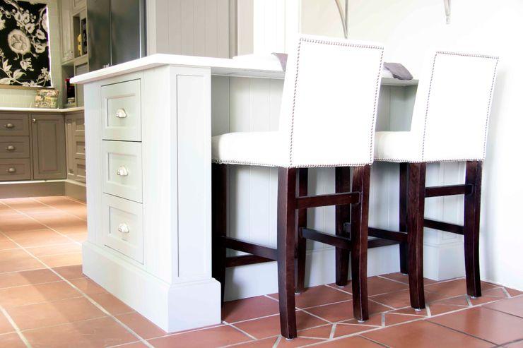 House Couture Interior Design Studio Classic style kitchen