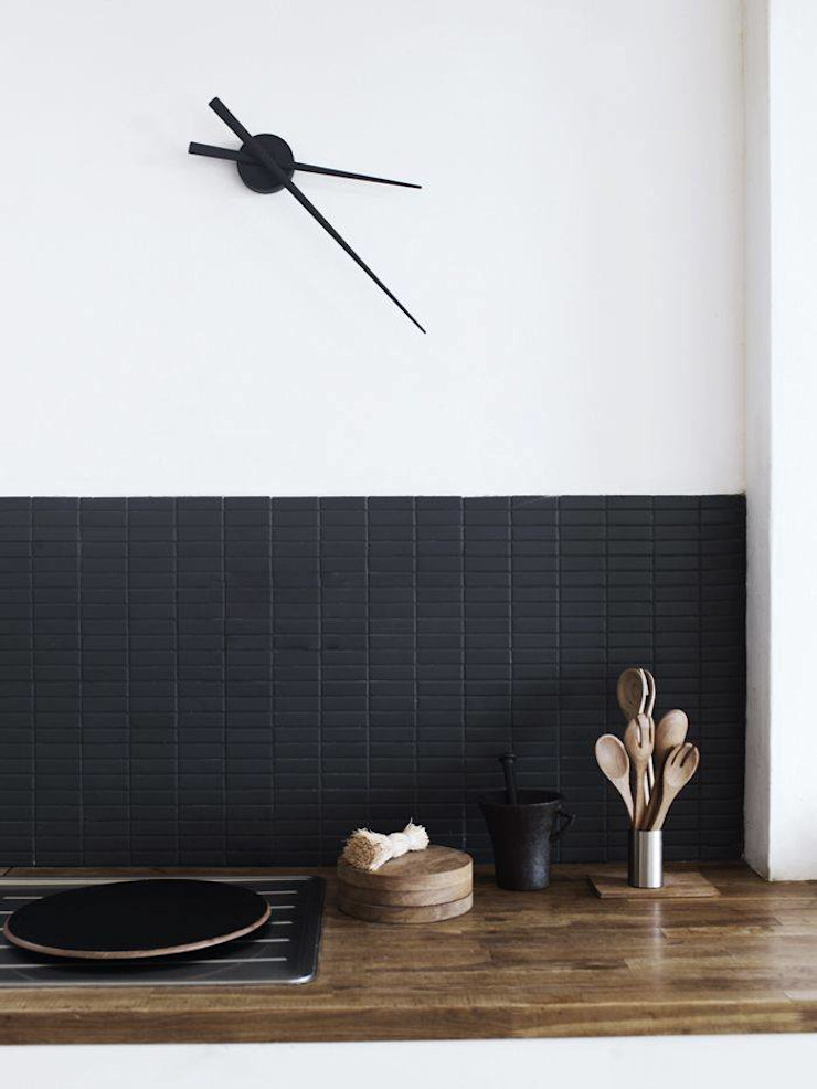 Less truly is more! Spacio Collections Living roomAccessories & decoration Iron/Steel Black