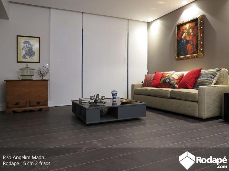 pisos Rodapé.com Salas de estar rústicas