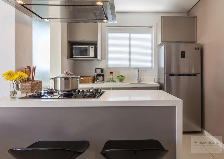 Patrícia Nobre - Arquitetura de Interiores Kitchen units Quartz