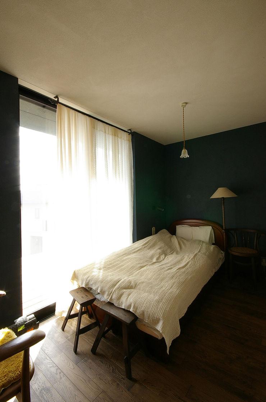 一級建築士事務所アールタイプ Quartos modernos Vidro Azul