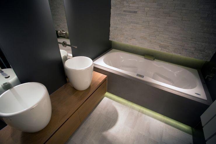 De Eerste Kamer Mediterranean style bathroom Solid Wood Grey