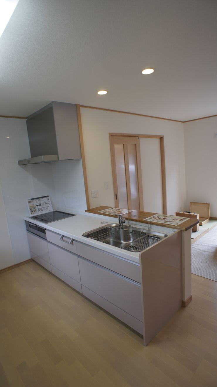 SK邸 マルモコハウス Moderne Küchen