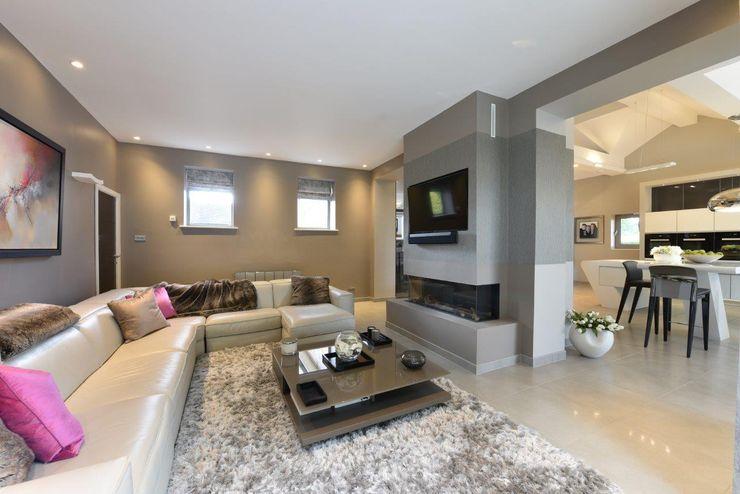 Mr & Mrs McIver Diane Berry Kitchens Modern living room Grey