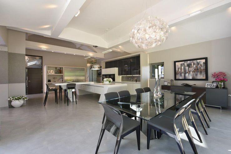 Mr & Mrs McIver Diane Berry Kitchens Built-in kitchens Grey