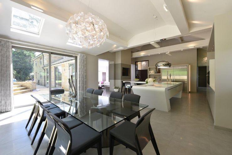 Mr & Mrs McIver Diane Berry Kitchens Modern dining room Glass Grey