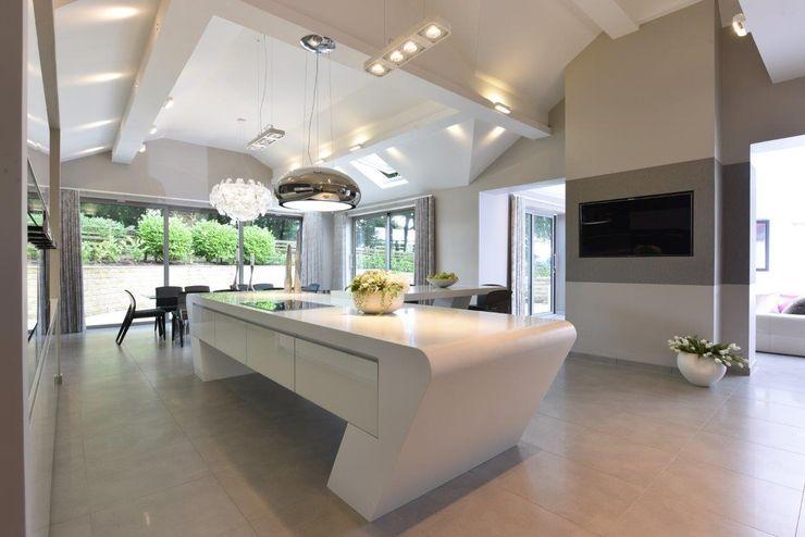 Mr & Mrs McIver Diane Berry Kitchens Built-in kitchens White