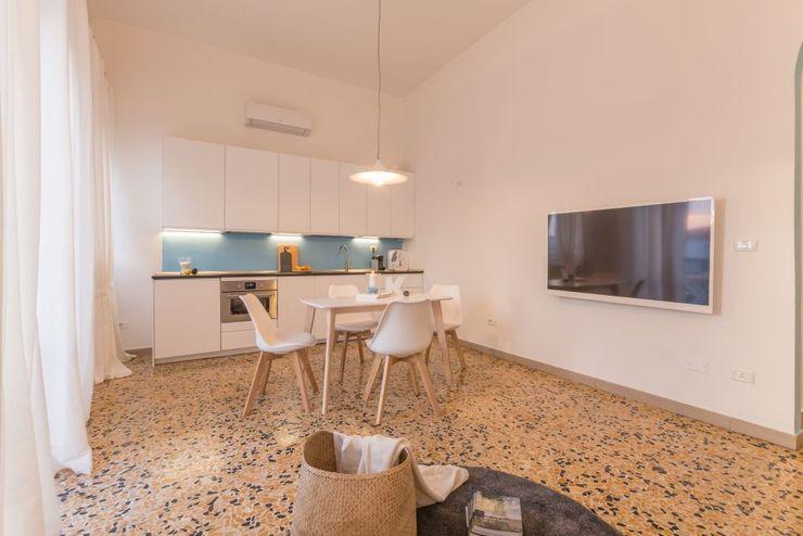 Anna Leone Architetto Home Stager Minimalist Yemek Odası