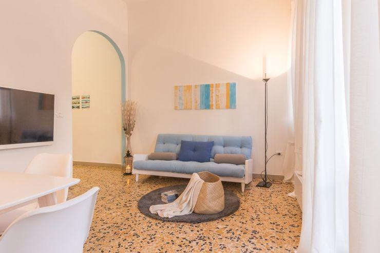 Anna Leone Architetto Home Stager Minimalist Oturma Odası