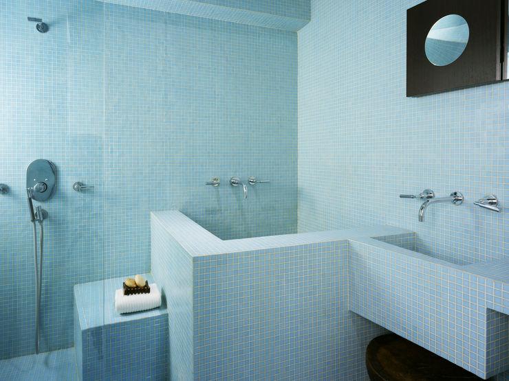Kimberly Peck Architect Kamar Mandi Modern Ubin Blue