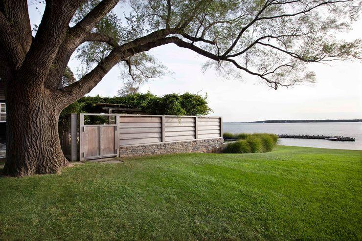 Shelter Island Pool & Terrace andretchelistcheffarchitects بالکن،ایوان وتراس