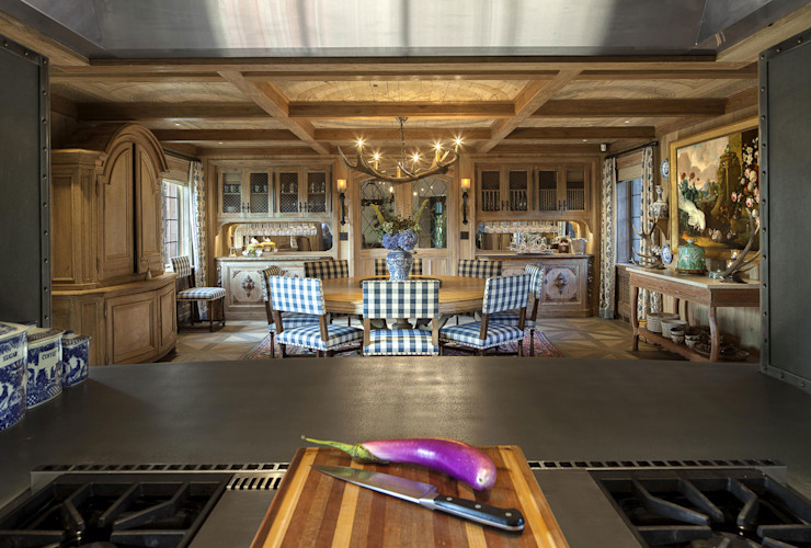 Round Hill Estate andretchelistcheffarchitects Eclectic style dining room