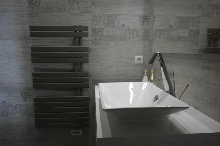 "Salle de bain ""ZEN"" Harmonie&Design Salle de bain moderne Beige"