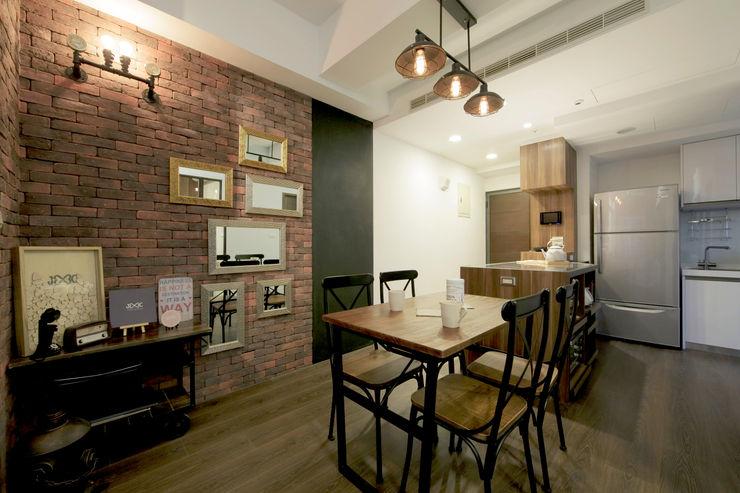 藝術工作者的私密天空 DIANTHUS 康乃馨室內設計 餐廳
