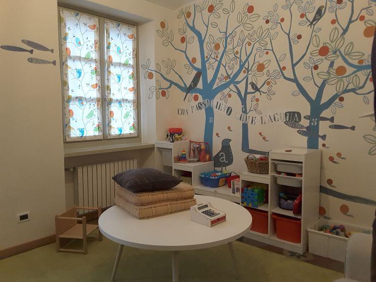 Appartamento A+M ArchitetturaTerapia® Stanza dei bambini moderna