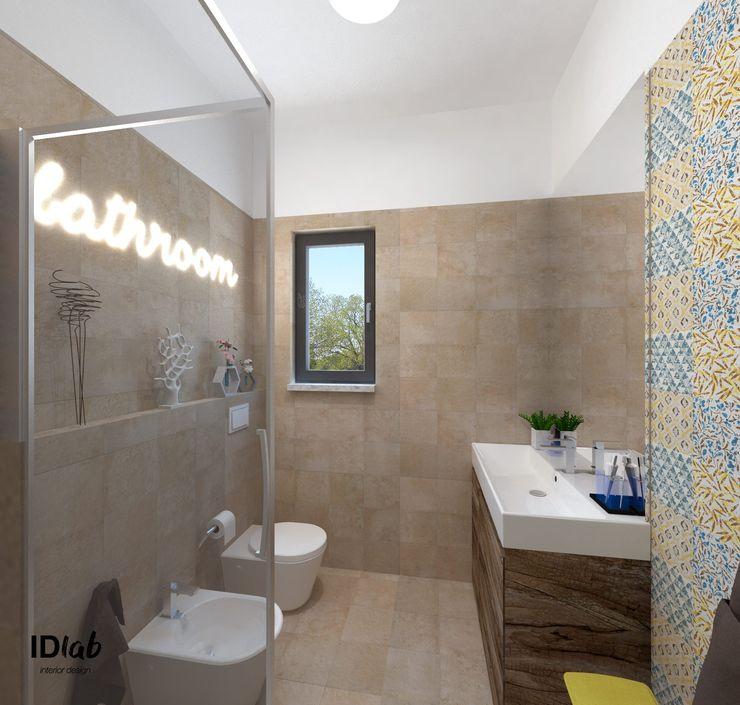 IDlab Rustic style bathroom